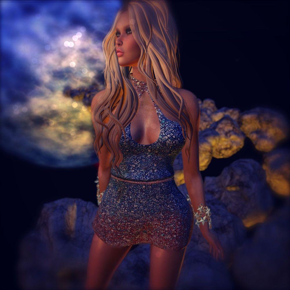 Glitters By Lennie
